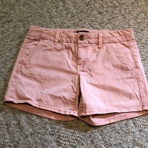 American Eagle Outfitters 4